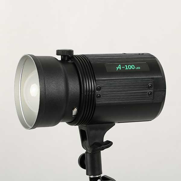 LED continuous studio flash